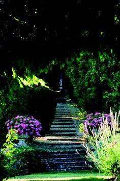 Villa La Foce, Tuscany. The garden of wonders