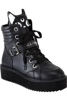 omg I need these. Keiko Kitty High Tops [B] Punk Outfits, Gothic Outfits, Skater Outfits, Disney Outfits, Cute Shoes, Me Too Shoes, All Black Sneakers, High Top Sneakers, Baskets