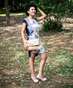 Look do dia no ar !!! http://blogcharmedalu.com.br/look-do-dia-bolsa-com-strass-e-brinco-nota-musical/