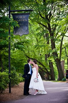 New England Wedding : Boston Public Garden : Massachusetts : Photography by Melissa Mullen Our wedding!!