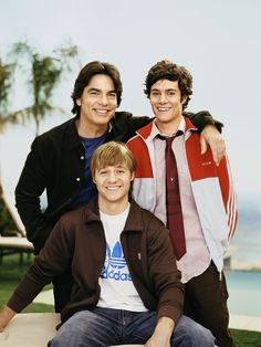 Peter Gallagher, Adam Brody, and Ben McKenzie