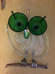 Owl garden art/suncatcher by Tambrey the Repurposer - 164 #GardeningCrafts