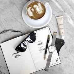 Sunday essentials by @thelustlistt for @clusewatches