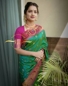 Maharashtrian Saree, Fancy Sarees Party Wear, Kashta Saree, Drape Sarees, Sari Dress, Beautiful Girl Photo, Beautiful Women, Saree Models, Saree Look