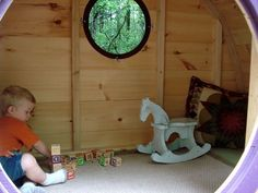 Hobbit Hole Playhouse Brings Middle-Earth Smials Into Your Backyard