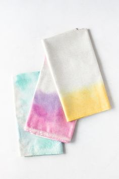last minute handmade gift ideas - DIY watercolor napkins