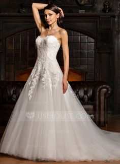Ball-Gown Sweetheart Court Train Tulle Lace Wedding Dress (002067219) - JJsHouse