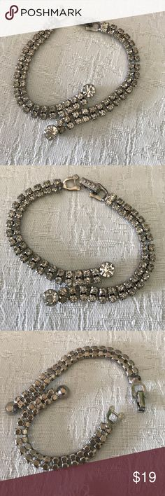 Rhinestone vintage bracelet Pretty rhinestone bracelet no missing stones Jewelry Bracelets