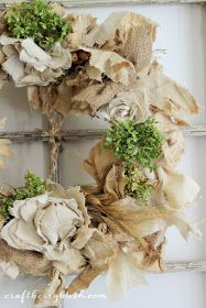 Craftberry Bush: Updated Fall Wreath and Seasons of Home - Autumn Edition Burlap Crafts, Wreaths Crafts, Fall Wreaths, Wreath Burlap, Diy Wreath, Door Wreaths, Handmade Flowers, Fall Crafts, Diy Crafts