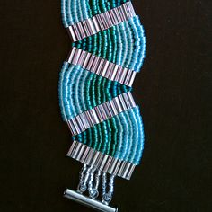 Free Ladder Stitch Bracelet Tutorial-Aquatic Waves