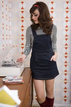 Mademoiselle YéYé - 60s Jessi Pinafore Dress in Denim Blue