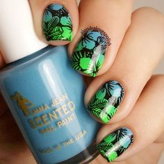 "Spring Floral Mani By @alondralovespolish Stamping Plate BP-L024(#20792)from www.bornprettystore.com . Use code ""BPSQ10"" to enjoy 10% Off for your order. #bornprettystore#stampingplate#nailart#stampingnails#green#floral#gradient#spring"