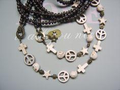 Lange Kette Perlenkette Kette Kreuz Peace Skull von beadclub66 auf DaWanda.com