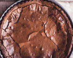 Mennyei csokitorta lisztmentesen, 2 összetevőből - HENI SÜT NEKED Naan, Keto, Cookies, Chocolate, Desserts, Food, Crack Crackers, Tailgate Desserts, Deserts