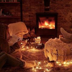 Cozy place by the fire during winter. Romantic Surprise, Romantic Night, Romantic Dates, Romantic Ideas, The Fall Movie, Autumn Cosy, Halloween Date, Dream Dates, At Home Date Nights