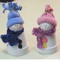 Claypot Snowmen / Bonhommes de neige en pots d'argile