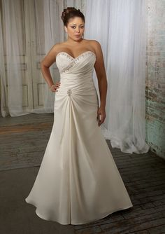 Older bride plus size wedding and columns on pinterest for Beach wedding dresses for older brides