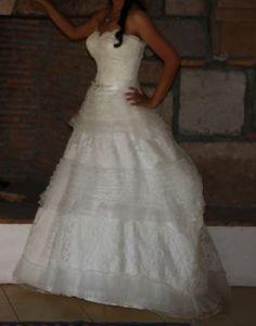 ¡Nuevo vestido publicado!  Hermoso Vestido de Cliché ¡por sólo $16000! ¡Ahorra un 36%!   http://www.weddalia.com/mx/tienda-vender-vestido-de-novia/hermoso-vestido-de-cliche/ #VestidosDeNovia vía www.weddalia.com/mx
