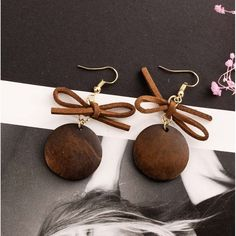 Available on Memplaza Marketplace at only $10.27 or with Membidder starting off at $1.00 during live auctions! Worldwide Shipping. Bow Earrings, Girls Earrings, Christmas Information, Teenage Girl Gifts Christmas, Glitter Eyeshadow Palette, Small Casual, Beauty Treats, Shoulder Purse, Purses And Handbags