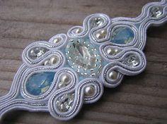 Ridgways / Náramok White/Pacific Opal...soutache