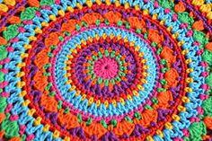 Atelier Marie-Lucienne: Lucienne's Summer Mandala - Part I / Teil 1