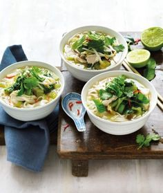 How to make hot and sour noodle soup Hot And Sour Chicken Soup Recipe, Hot And Sour Soup, Chicken Soup Recipes, Bok Choy Recipes, Chicken Breast Fillet, Asian Cooking, Shredded Chicken, Noodle Soup, Other Recipes