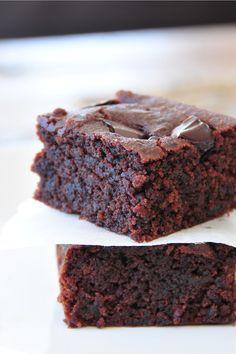 Brownies vegan, fructosearm & supersaftig (nicht gf) Sandra Nolf hat aber auch noch Brownies vegan und gf (auch hier gepinnt)