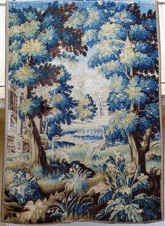 Tapisserie d'Aubusson d'Entre Deux, XVIIIème, Aux Volatiles Dans Un Décor De Parc De Chateau, ARTE TRES GALLERY, Proantic