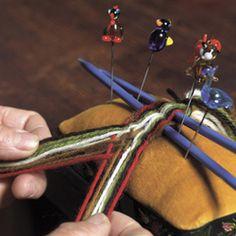 Magasin for Bunad og Folkedrakt Prehistoric Period, Finger Weaving, Viking Reenactment, Viking Age, Vikings, Crafty, Band, Awesome Things, Norway