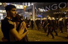 İstanbul gece uyumadı! Police violance in Istanbul #direngeziparki #occupyturkey
