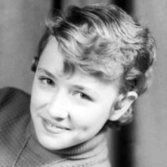A Young Dolly Parton (born American Singer/Songwriter, known mainly for Country Music, Actress, Author, Businesswoman & Humanitarian . Tilda Swinton, Maria Callas, Dolly Parton, Country Singers, Country Music, Young Celebrities, Celebs, Elizabeth Taylor, Famous Women