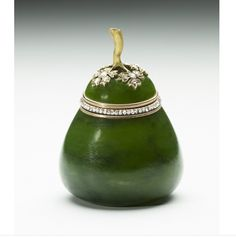 The Fabergé Pear  by Michael Perchin, 1903. Acquired by Edward VII and Queen Alexandra. Nephrite mounted with gold and diamonds. The object is actually a small box and cover.