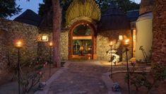 tintswalo safari lodge entrance Kruger National Park Safari, National Parks, Cosy Lounge, Wooden Walkways, Private Games, Victoria Falls, Explore Travel, Game Reserve, Garden Fencing