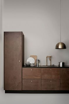 Stelton AW16 coffee collection - Hege in France - amazing minimal kitchen in dark wood.