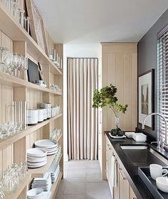 Será essa uma boa solução para guardar a louça ??? Veja o que talvez seja melhor não fazer na cozinha....