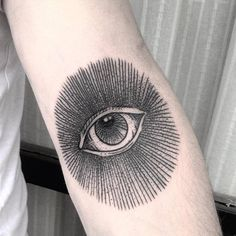 Eyes that see on the inner elbow by Fercha Pombo....