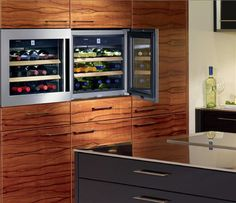 25 Modern Ideas for Wine Storage in Your Kitchen and Dining Room Modern ideas for wine storage add style and organization to your kitchen and dining room decorating Dining Area, Kitchen Dining, Dining Room, Wine Cabinets, Kitchen Cabinets, Kitchen Pantry, Kitchen Appliances, Built In Wine Cooler, Wine Chillers