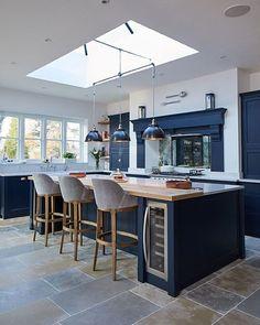The Biggest Interior Trends for 2019 — LIV for Interiors Open Plan Kitchen Diner, Kitchen Diner Extension, Open Plan Kitchen Living Room, Home Decor Kitchen, New Kitchen, Kitchen Modern, Rustic Kitchen, Layout Design, Küchen Design