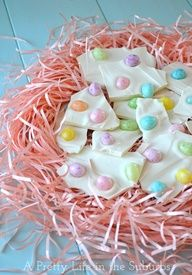 Jelly Bean Bark! quick and easy 2-ingredient Easter treat!! #easter #desserts #jellybeans