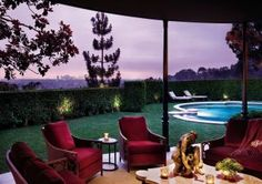 Traditional Outdoor Space by Donna Livingston in Beverly Hills, California