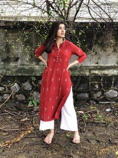 Casual Indian Fashion, Indian Fashion Dresses, Indian Designer Outfits, Indian Outfits, Fashion Outfits, Designer Dresses, Simple Kurta Designs, Kurta Designs Women, Blouse Designs