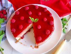 ¿Pensando en las comidas de Navidad? Te presentamos un postre que dejará encantado a tus comensales, tarta de queso baja en calorías, 125kcal por porción!
