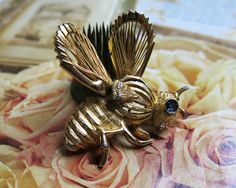 "Vintage Bumble Bee Brooch ... 1960s ""Spinneret"" Pin"