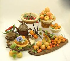 A totally gorgeous display of Autumn goodies from Lori (who I was so lucky to meet at SIMP last year) 64tnt Miniatures