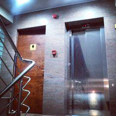 Gül Masif kaplama daire kapısı. Detaylı bilgi için www.facebook.com/hiyamimarlik hiyamimarlik's photo on Instagram
