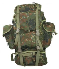 GERMAN FLECKTARN BACKPACK USED IN GOOD CONDITION  Awesome German Flecktarn Backpack. Great quality, made of nylon exterior with rubberized material lining the inside of the pockets. Padded straps, padded lower back.  2 outside pockets, lower compartment and upper outside compartment for holding lots of gear, sleeping bag etc.