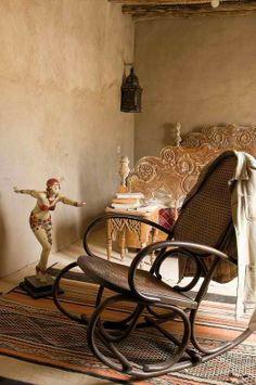 tea-in-tangiers: mud bricks and tea trays