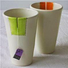 Cup with a tea bag slit . I love it, don& forget to pull the slit away from you . - Cup with a tea bag slit … I love it, don& forget to pull the slit away from you … - Ceramics Projects, Clay Projects, Clay Crafts, Ceramics Ideas, Slab Ceramics, Pottery Mugs, Ceramic Pottery, Pottery Art, Slab Pottery