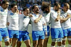 Italian Rugby Team   Look at Castrogiovanni xD