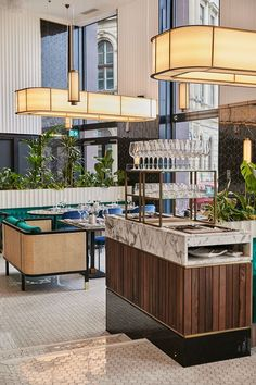 bar and restaurant Bar Interior Design, Bar Design, Counter Design, Design Studio, Design Ideas, Cafe Interior, Restaurant Lighting, Cafe Restaurant, Restaurant Design